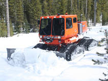 Tucker Sno Cat